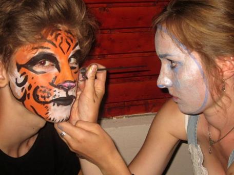 Rhea face painting