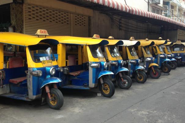 tuktuks.png