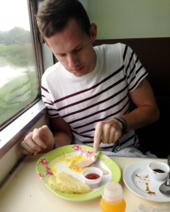 train-breakfast