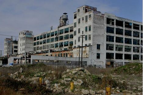 abandoned-detroit-factory2